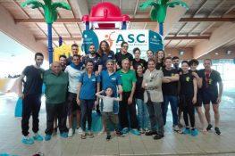 Gara di nuoto ASC nella piscina di Bastia umbra