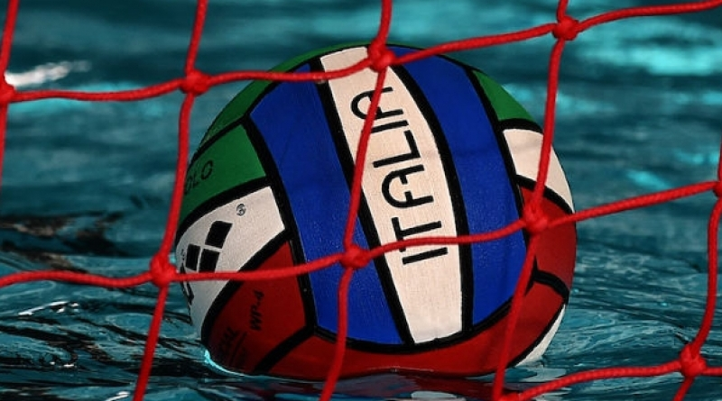 Ieri quarta giornata di gare nel campionato amatoriale di pallanuoto ASC-Sport Management  al via il torneo U16-U18 con Busto e Verbania sugli scudi