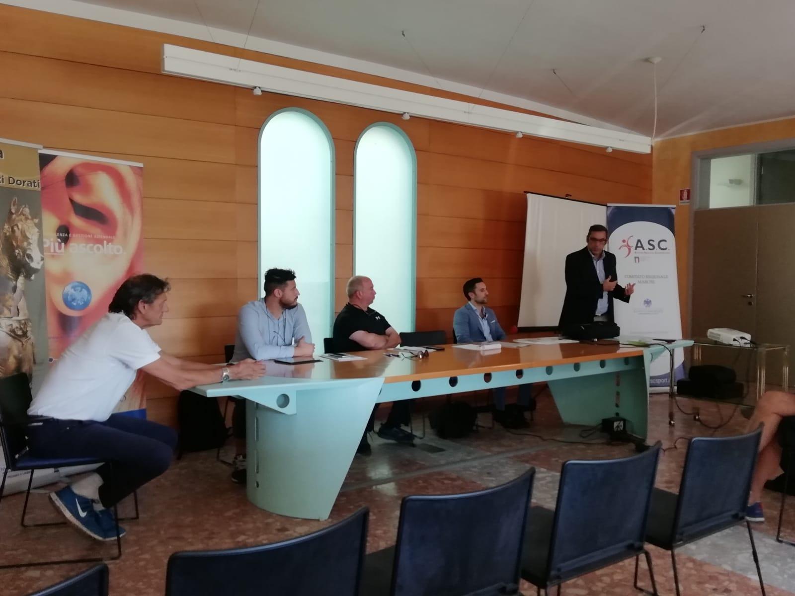 ASC incontra le Associazioni e Societ   sportive dilettantistiche della provincia  Prossima una collaborazione con la Confcommercio