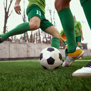 Calcetto e altri sport di contatto: le riaperture regione per regione